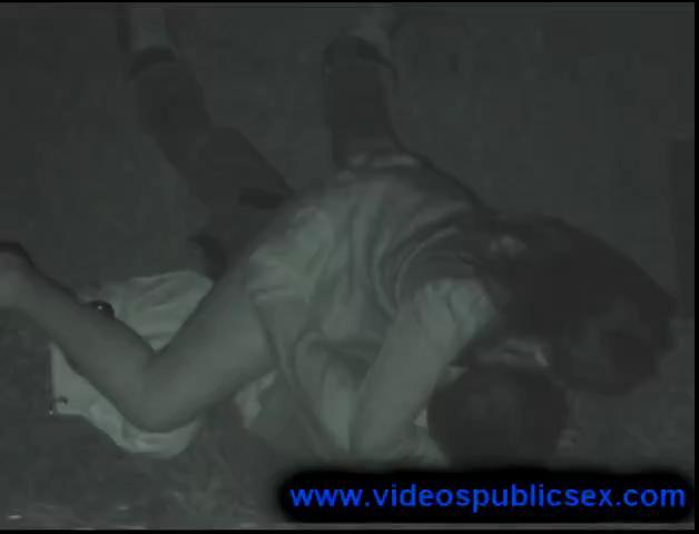 9 voyeur public sex thumbnail 2
